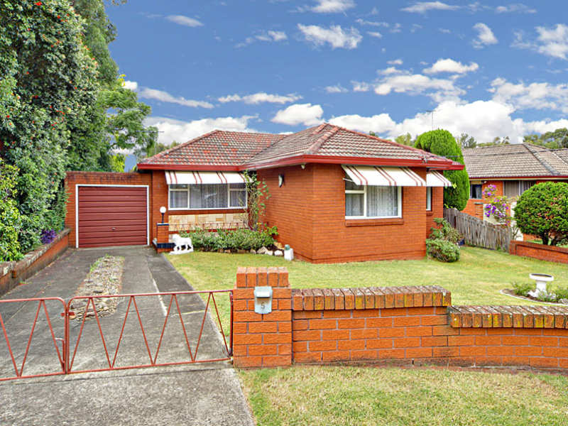 5 Firmstone Gardens, Arncliffe, NSW 2205