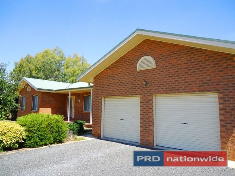 42 Lacmalac Road, Tumut, NSW 2720