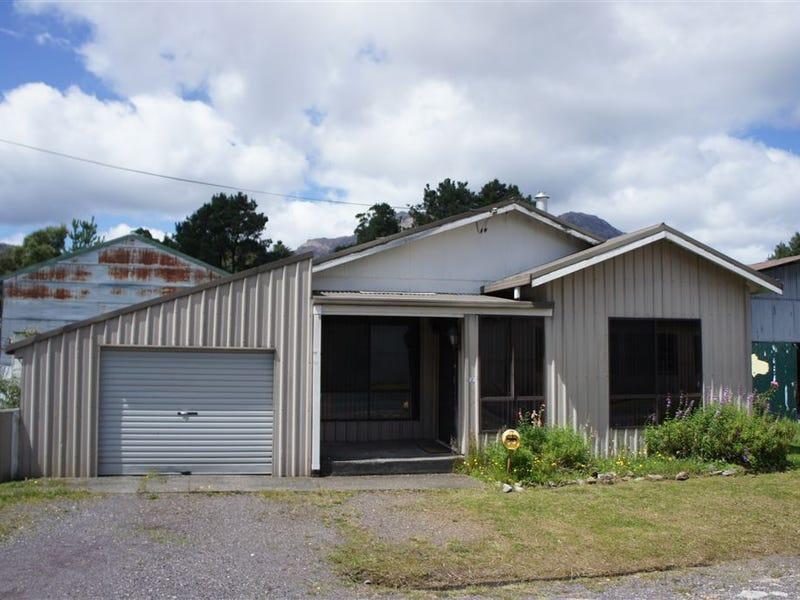 2 Darling, Queenstown, Tas 7467
