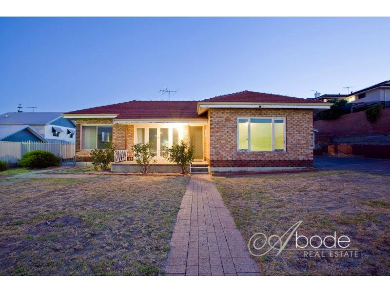 15 Lloyd Street, South Fremantle, WA 6162