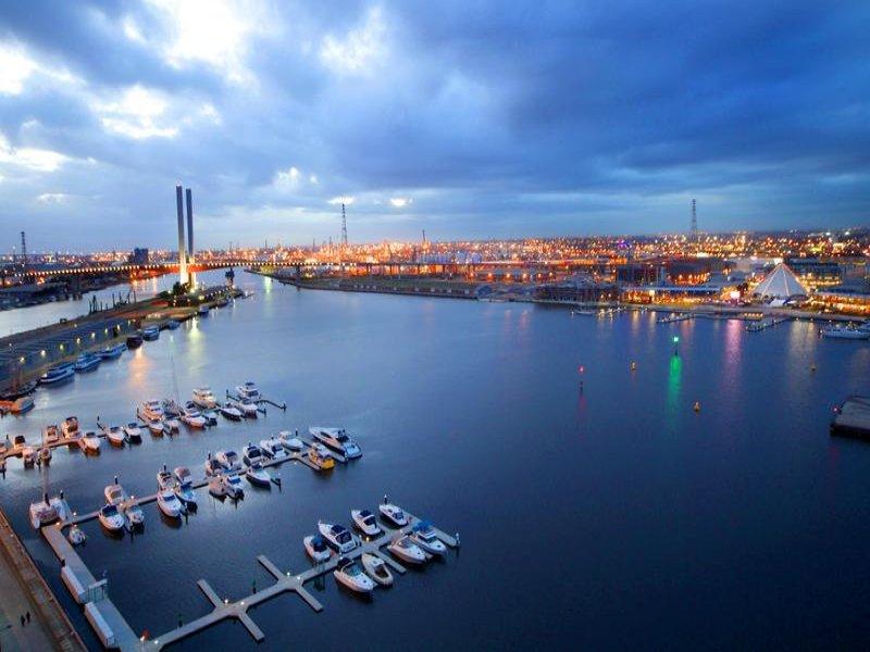 182/55 Victoria Harbour Promenade, Docklands, Vic 3008