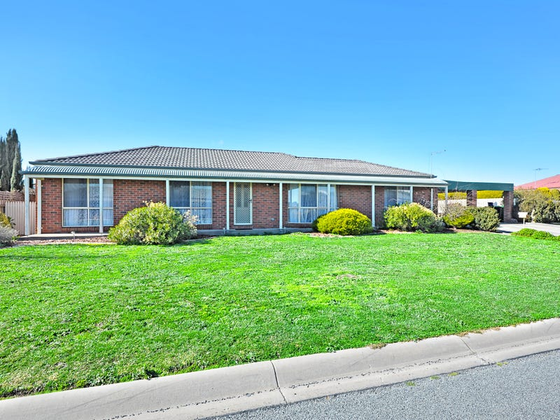 2 Douglas Close, Miners Rest, Vic 3352