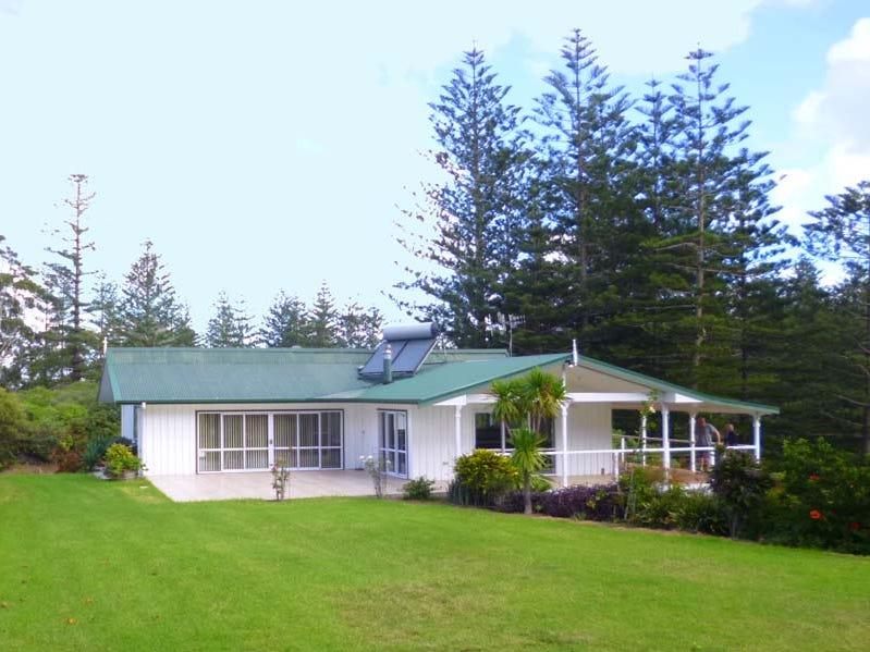 99 Selwyn Pine Rd, Norfolk Island, NSW 2899