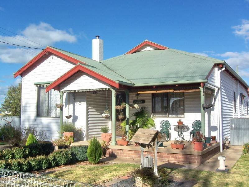 2 MURRAY STREET, Cootamundra, NSW 2590