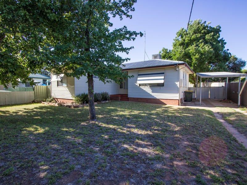 14 Larmer Street, Narrandera, NSW 2700
