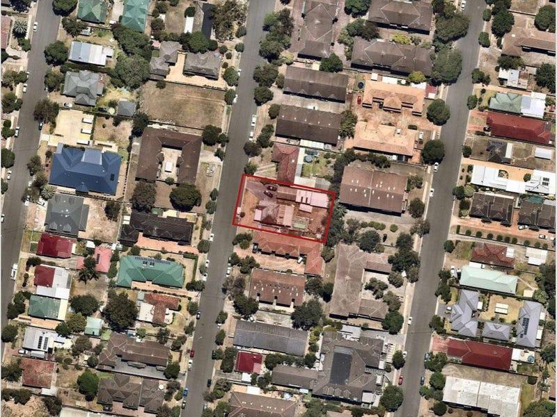 10 Blaxland Avenue, Penrith, NSW 2750