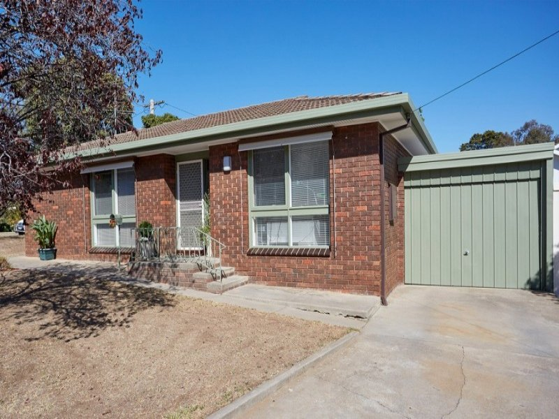 2/13 Dale Street, Kennington, Vic 3550
