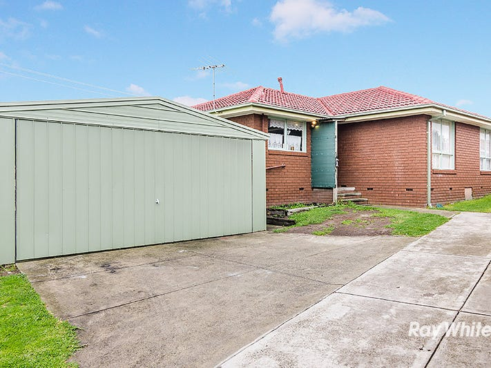 64 Wallace Road, Cranbourne, Vic 3977