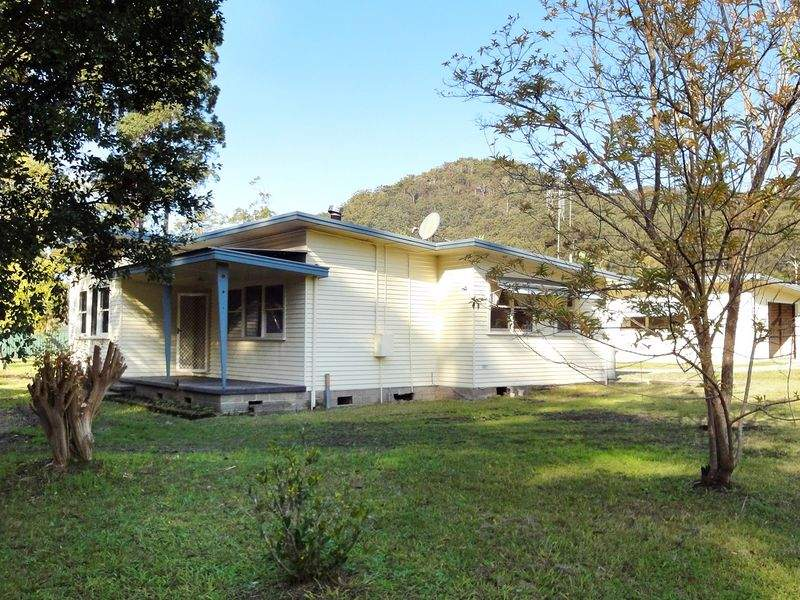 292 Ocean Drive, Laurieton, NSW 2443