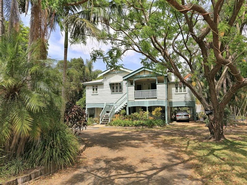 160 Mahoney Dexters Road, Alloway, Qld 4670