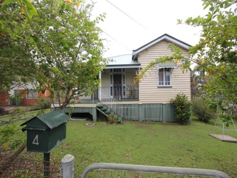 4 Dudleigh Street, Booval, Qld 4304