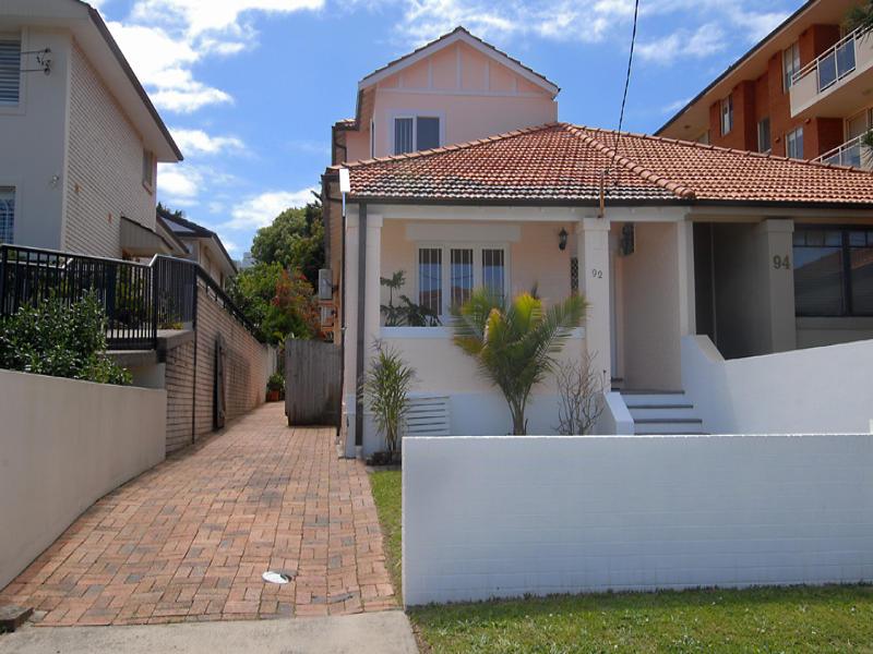 92 Murriverie Road, North Bondi, NSW 2026
