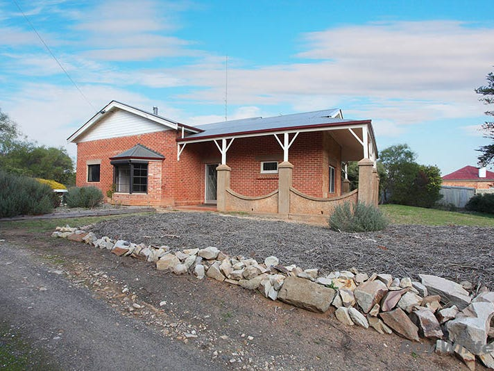 24 Burra Road, Saddleworth, SA 5413