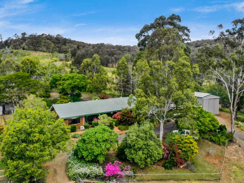 8681 Warrego Highway, Withcott, Qld 4352