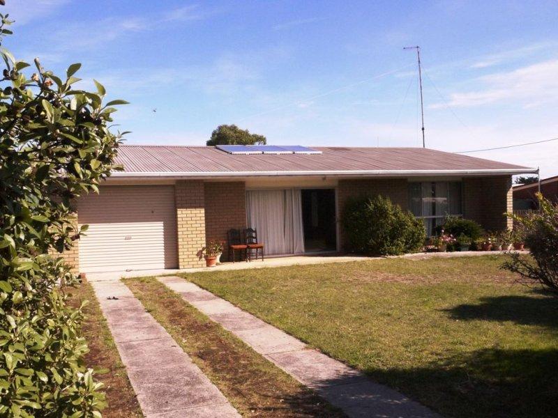 2 Jaycee Avenue, Currie, Tas 7256