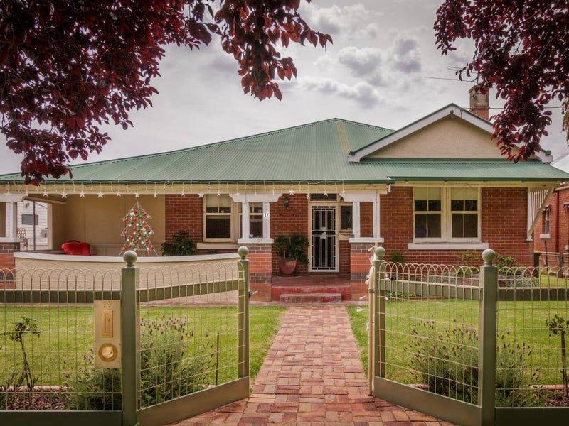 17 Temora Street, Cootamundra, NSW 2590