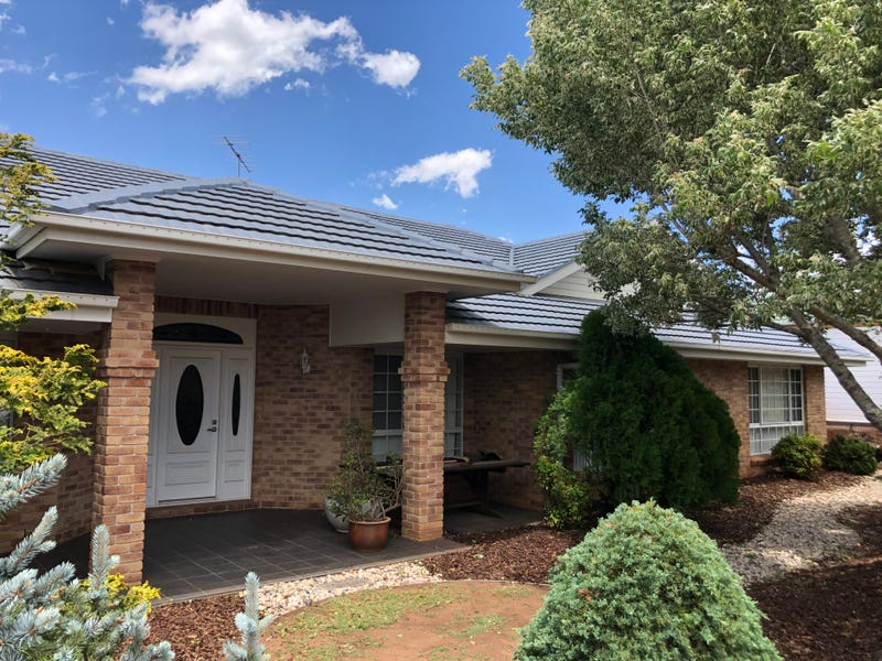 2 Cranborne Court, Middle Ridge, Qld 4350