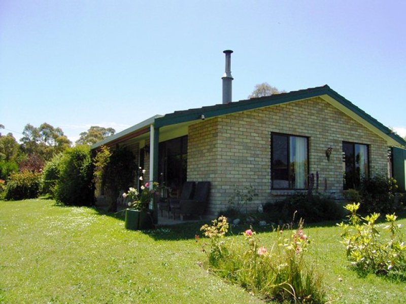 108 Den Road, Pipers River, Tas 7252
