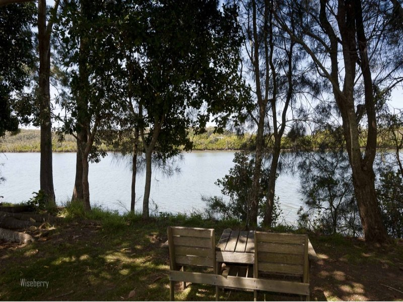 825 Manning Point  Road, Oxley Island, NSW 2430