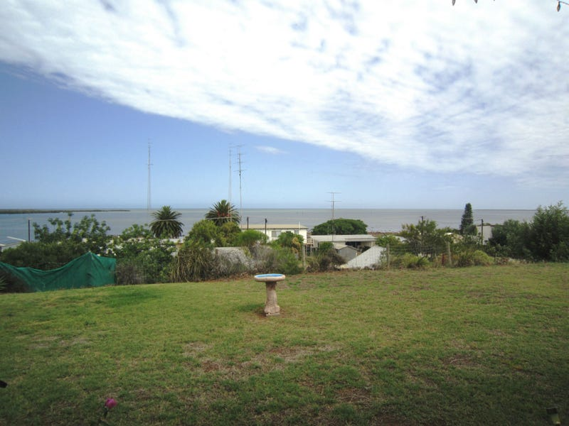 97 Fisherman Bay Road, Port Broughton, SA 5522