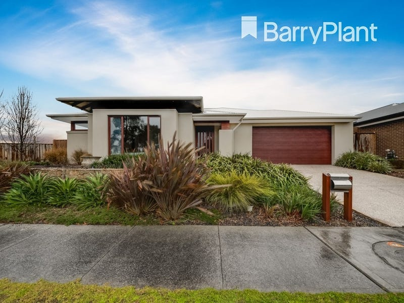 22 Shakespeare Grove, Officer, Vic 3809