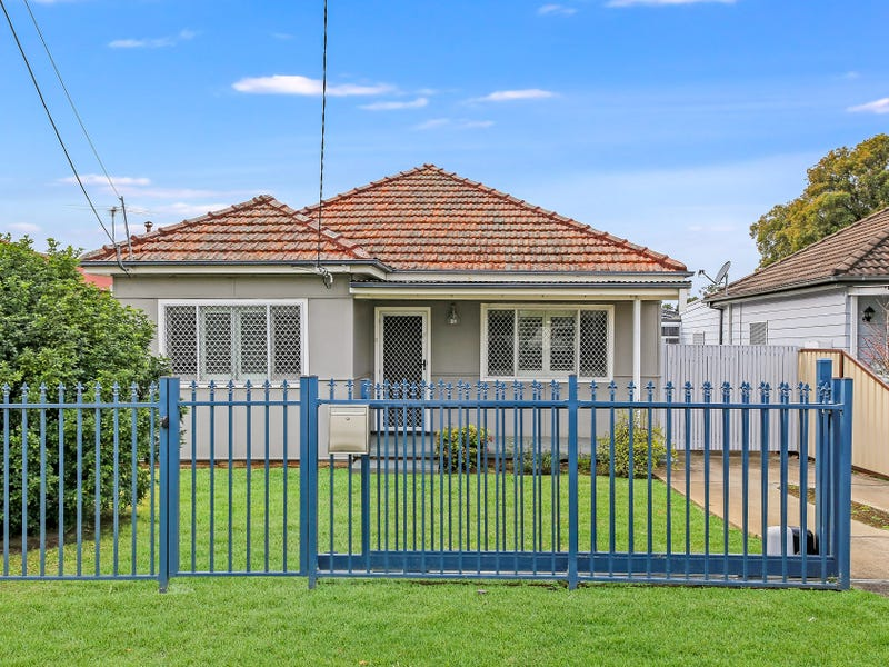 31 Dorothy Street, Chester Hill, NSW 2162