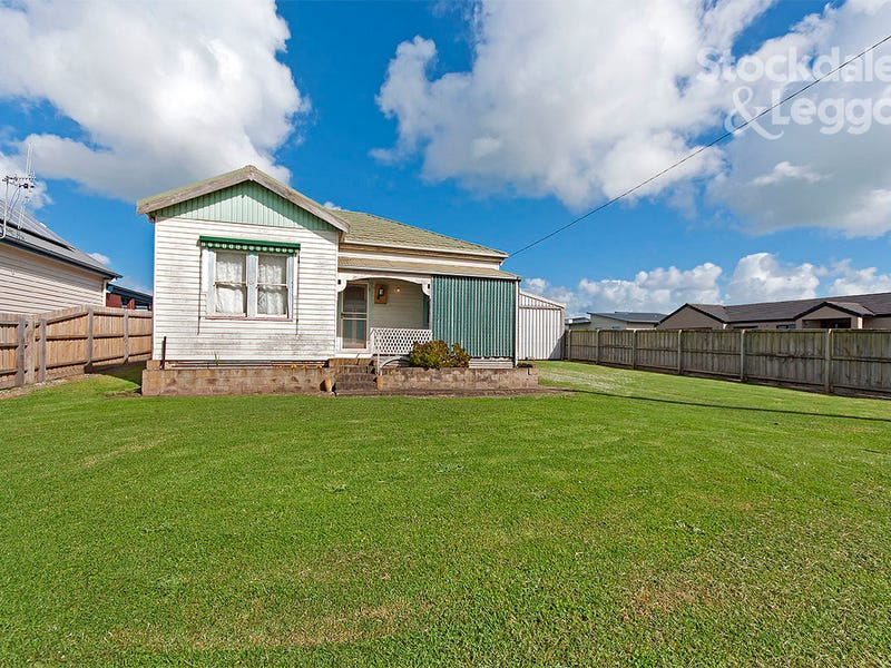 180 Princes Hwy, Port Fairy, Vic 3284