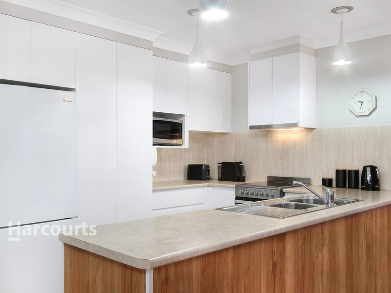 27 Sanderson Road, Kanahooka, NSW 2530