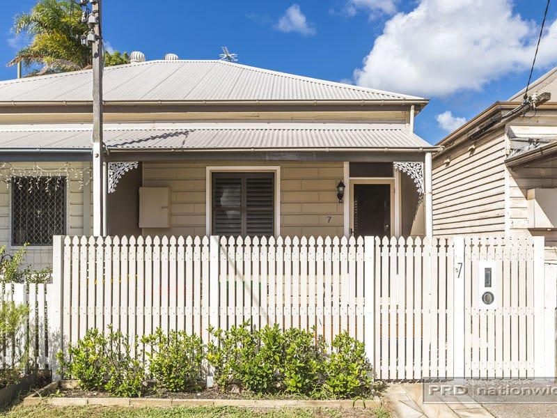 7 Eva Street, Hamilton, NSW 2303