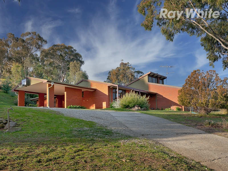 "303 Splitters Creek Road, ""Wombi"", Albury, NSW 2640"
