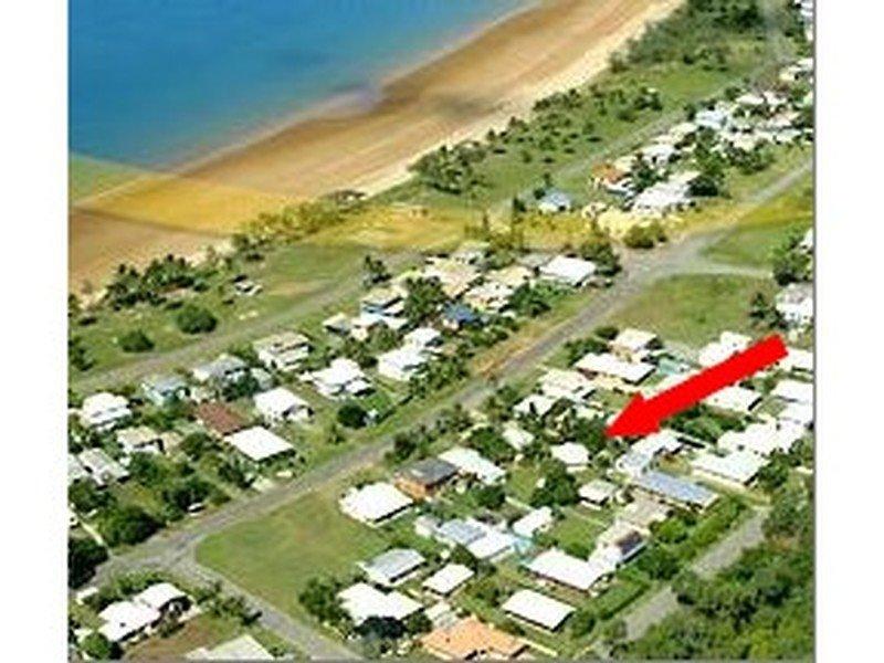 2/58 Zelma Street, Grasstree Beach, Qld 4740