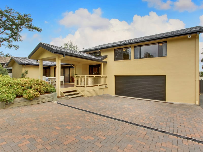 11  Fizelle Place, Weston, ACT 2611