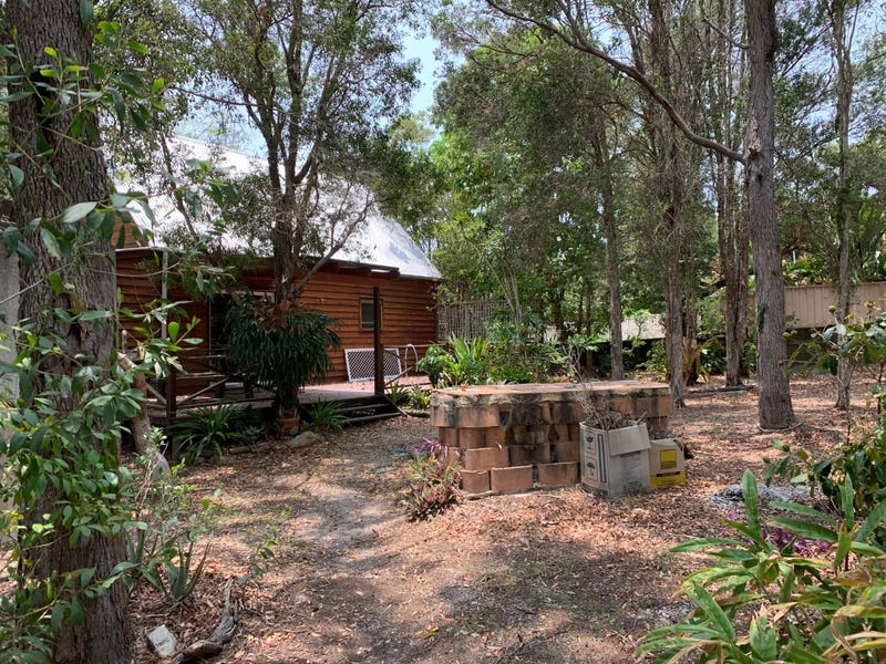 16 Blue Water Road, Booral, Qld 4655