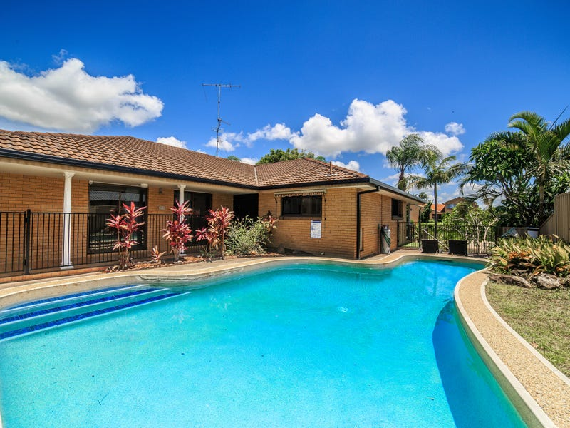 106 Campbell Street, Sorrento, Qld 4217
