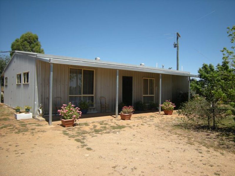 94 Wenkes Road, Walla Walla, NSW 2659