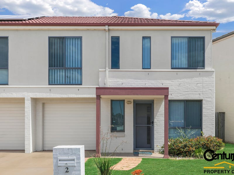 2 Glatton Rd, Glenfield, NSW 2167
