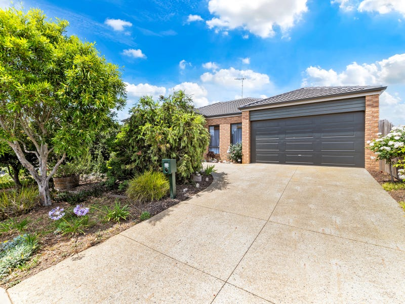 43 Clyde Avenue, St Leonards, Vic 3223