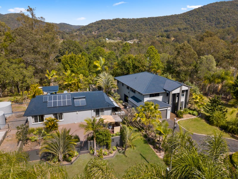 6 Mungindie Court, Mount Nathan, Qld 4211