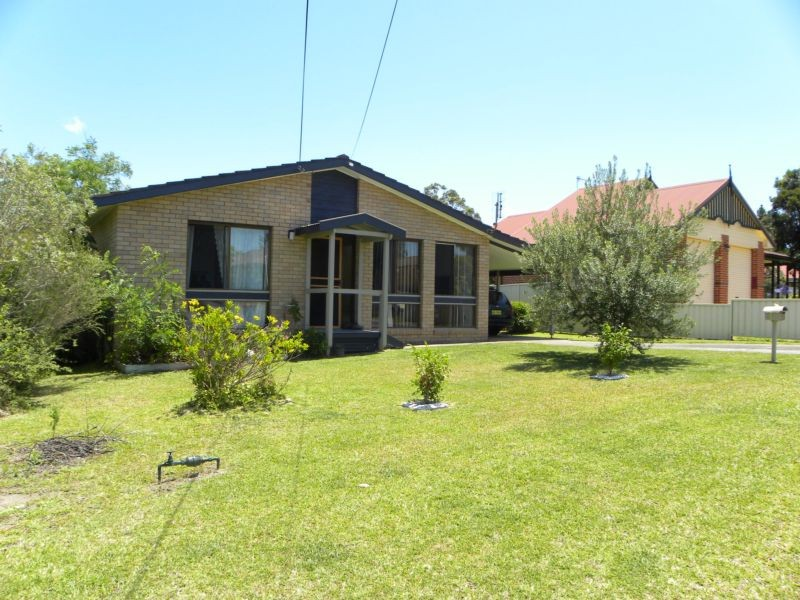 55 Tradewinds Ave, Sussex Inlet, NSW 2540