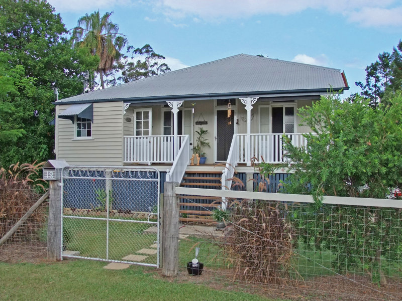 18 Main Street, Bauple, Qld 4650
