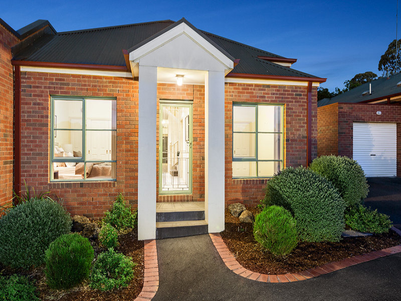 2/50 Beaconsfield Road, Briar Hill, Vic 3088
