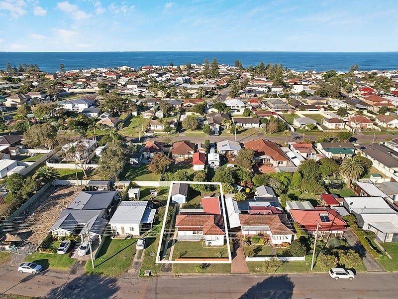 24 Rhodin Drive, Long Jetty, NSW 2261
