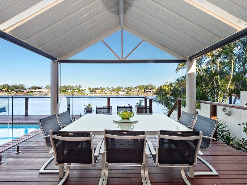 61 Bollard Circuit, Clear Island Waters, Qld 4226