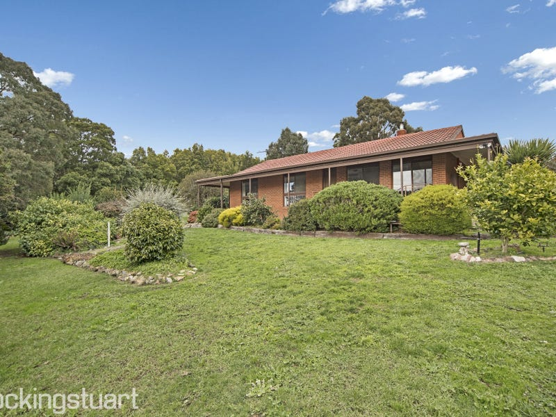 4 Stanley Street, Gordon, Vic 3345