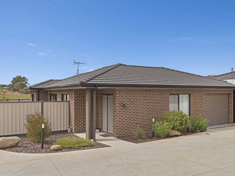 Unit 9/27 Green Street, Kilmore, Vic 3764