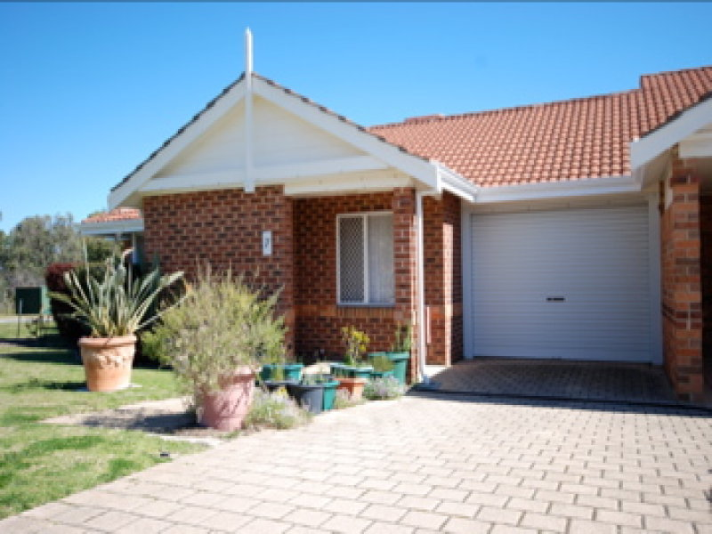 7/6 Fragrant Gardens, Mirrabooka, WA 6061
