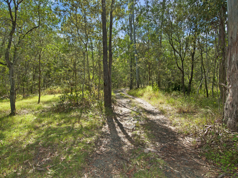 128-140 Olson Road, North Maclean, Qld 4280