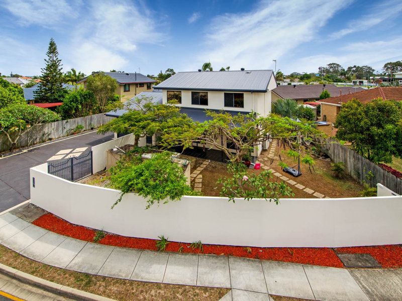 37 Sunbird Avenue, Paradise Point, Qld 4216
