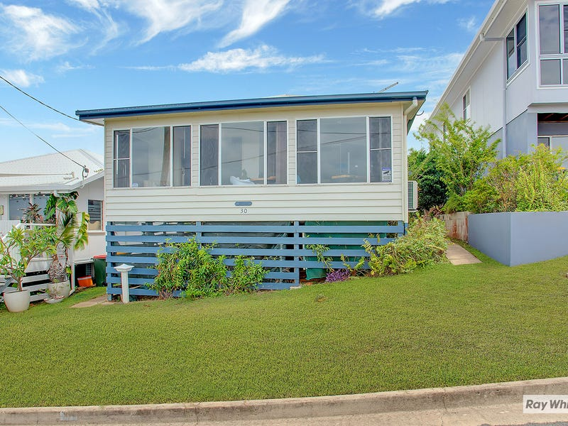 30 Ocean Parade, Cooee Bay, Qld 4703