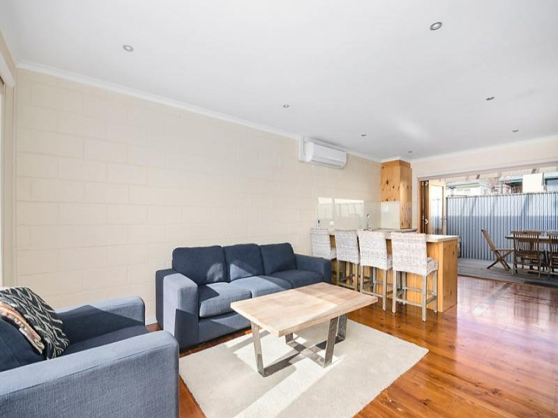 4/9 Symonds Street, Queenscliff, Vic 3225